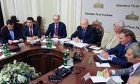 Ukraine: Übergangsregierung ist bereit zum Dialog zur Lösung der Krise