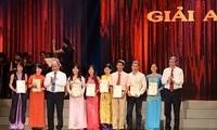 115 Werke mit dem nationalen Pressepreis 2013 geehrt