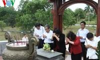 Vize-Parlamentspräsidentin Ngan besucht Friedhof in der Zitadelle Quang Tri