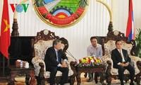 Laotische Führung trifft Delegation des vietnamesischen Justizministeriums