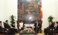 Vize-Premierminister Phuc trifft die ungarische Botschafterin in Vietnam Eszter