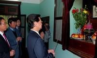 Premierminister Nguyen Tan Dung besucht Ho Chi Minh-Denkmalkomplex