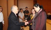 Vize-Parlamentspräsidentin Phong trifft Abgeordnetendelegation aus Dong Nai