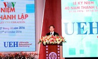 Feier zum 40. Gründungstag der Wirtschaftsuniversität von Ho Chi Minh Stadt