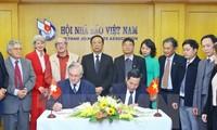 Der Verband der ausländischen Journalisten in der Schweiz und Liechtenstein besucht Vietnam