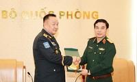 Phan Van Giang empfängt den Generalstabchef der Streitskräfte Mongolei