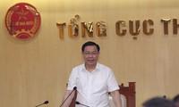 Vizepremierminister Vuong Dinh Hue tagt mit Steuerbehörde