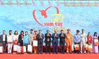 Premierminister Nguyen Xuan Phuc besucht Haiphong