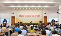 8. Parlamentssitzung: Vier Bereiche in Fragestunde erwähnt