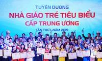 Ehrung der 75 ausgezeichneten jungen Lehrer