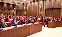 Treffen zum 90. Gründungstag der Parteileitung von Hanoi