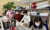 Die vietnamesische Gemeinschaft spendet Mundschutzmasken für deutsche Ärzte und Polizisten