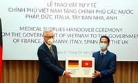 Vietnam überreicht 110.000 Masken zum Schutz vor Covid-19 an Deutschland