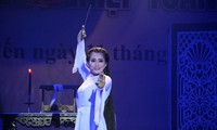 Start einiger Cai-Luong-Gesangswettbewerbe