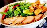 """""""Bun rieu"""" und """"Cao Lau"""" Vietnams gehören zu den asiatischen leckersten Nudeln"""