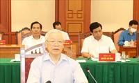 KPV-Generalsekretär Nguyen Phu Trong leitet Sitzung der Unterabteilung für Dokumente des 13. Parteitages