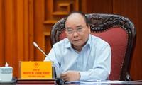Premierminister Nguyen Xuan Phuc fordert zur besten Vorbereitung für das 37. ASEAN-Gipfeltreffen auf