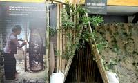 """Ausstellung """"Für einen immer blauen Himmel"""" in der Gedenkstätte des Hoa Lo-Gefängnisses"""