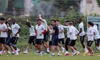 Thailändische Trainer Kiatisak will guten Anfang beim Fußballverein Hoang Anh Gia Lai