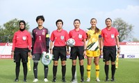 Zwei vietnamesische Kandidatinnen für Fußballschiedrichterinnen bei Fußball-Weltmeisterschaft der Frauen
