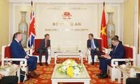 Polizeiminister To Lam empfängt britischen Botschafter in Vietnam