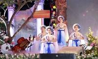 Eröffnung des nationalen Festival der Van- und Chau Van-Gesänge