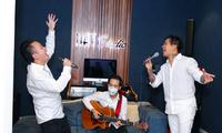Künstler spenden Geld für Covid-19-Bekämpfung in Bac Ninh und Bac Giang