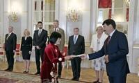 Ungarns Präsident würdigt Entwicklungserrungenschaften Vietnams