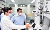 Premierminister Pham Minh Chinh fordert zur Förderung der Impfstoffherstellung auf