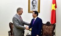 越南和美国有力全面推动双边关系