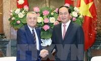 陈大光会见阿塞拜疆工业和能源部长阿里耶夫