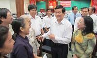 Abgeordneten treffen Wähler