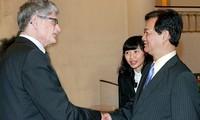 Dänischer Parlamentspräsident Morgens Lykketoft ist in Vietnam zu Gast