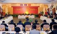 Eröffnung der Konferenz zwischen Parlamenten Vietnams, Laos und Kambodscha
