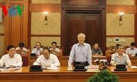 Fragen in Theorie und Praxis zur Erneuerung Vietnams gesammelt