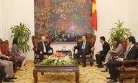 Vizepremierminister Vu Van Ninh trifft Vorsitzenden des US-Konzerns Kraig Biocraft Laboratories