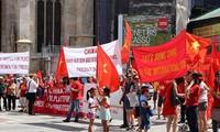 Vietnamesen in Österreich protestieren gegen Handlungen Chinas im Ostmeer