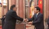 Staatspräsident empfängt neue ausländische Botschafter