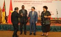 Feier zum 40. Jahrestag diplomatischer Beziehungen Vietnams und Mosambik