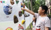 Traditionelle Pappmasken für Mittelherbstfest