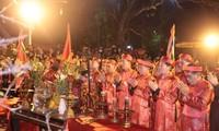 400.000 Stempel des Tran-Tempels werden an die Bevölkerung verteilt