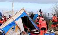 Frankreich räumt illegales Flüchtlingslager in Calais