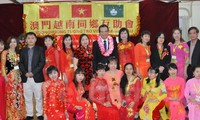 Vietnams Botschafter in China besucht vietnamesische Gemeinschaft