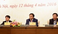 Parlament erfüllt Personalarbeit aktiv und gesetzmäßig