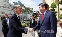 Vorsitzender des Volkskomitees von Ho Chi Minh Stadt empfängt britischen Außenminister