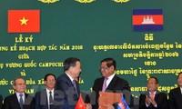 Polizeiminister To Lam besucht Kambodscha