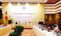 Premierminister Nguyen Xuan Phuc will das Wachstumsziel entschlossen verfolgen