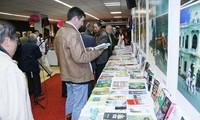 Vietnamesische Bücher an internationale Leser bringen