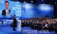 Ministerpräsident Medwedew erneut zum Parteivorsitzenden von Einiges Russland gewählt