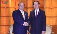 """Staatspräsident Tran Dai Quang trifft Spitzenpolitiker am Rande des Forums """"Ein Gürtel, eine Straße"""""""